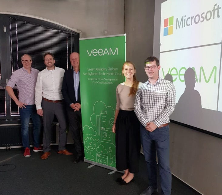 Von links nach rechts: Thomas Sigmund, Microsoft Partner Development, Eric Saillard, Senior Director EMEA Alliances Veeam, Marlene Willersinn, Microsoft Partner Market Advisor, Stefan Zenkel, aConTech Geschäftsführer